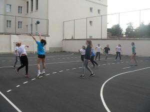 Végzős-gólya mérkőzés a kollégiumban 2016